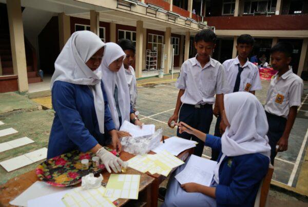 BNN Kabupaten Bogor periksa Urine Siswa/Siswi Baru SMK Yapia Parung